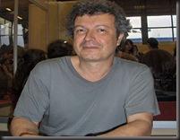 O_Nikos_Perakis_mila_ston_Petro_Tatsopoulo_sto_passport_1