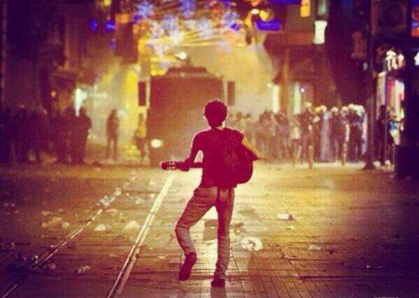 turkey-protest-photos-occupy-istanbul-taksim-gezi