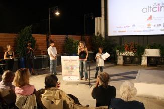 Το 1ο βραβείο, απέσπασε η ταινία «Όψεις μοναξιάς» της Ασημίνας Προέδρου, μια τρυφερή ματιά στις μοναχικές στιγμές τριών διαφορετικών προσώπων.