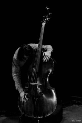 Κώστας Θεοδώρου, 3ο Πανόραμα Ελληνικής Τζαζ, Στέγη Γραμμάτων & Τεχνών, 8/12/2013 (φωτ. © Lamp)