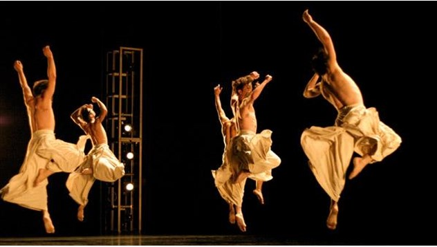 les-grands-ballets-canadiens-montreal-ohad-naharin-minus-one
