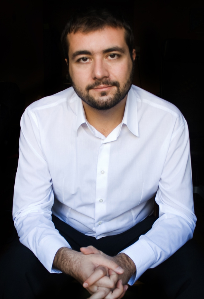 Nikos Kyriosoglou b