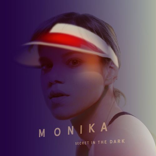 monika1