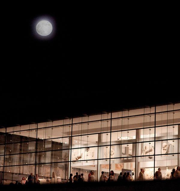 Acropolis-Museum_August-Full-Moon_2