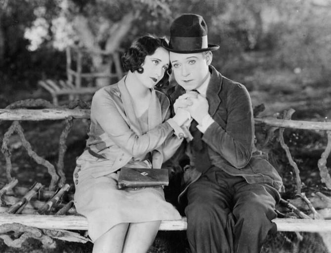 joan_crawford_harry_langdon_tramp_tramp_tramp_1926