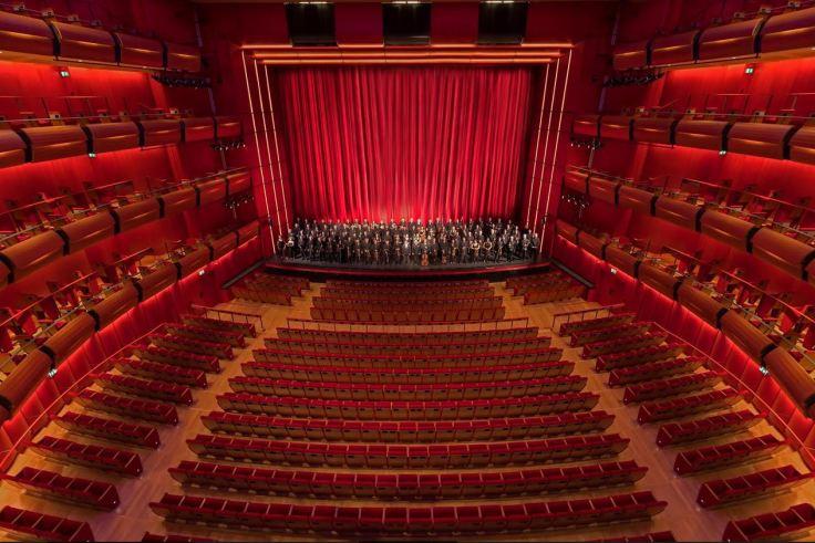 orchestra ethnikis lyrikis skinis foto vassilis makris